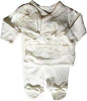 Костюм для новорожденных, на девочек 0-3 мес, белый. Ползунки, кофточка с запахом, шапочка. Белые кружева