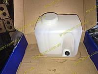Бачок омывателя ваз 2101 2102 2103 2104 2105 2106 2107 2121 21213 нива новый образец, фото 1