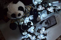 """Премьера! Новая гирлянда на батарейках из черного и белого пластика """"Цветочная панда"""""""
