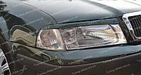 Реснички Шкода Октавия Тур А4 (накладки на передние фары Skoda Octavia Tour A4)