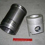 Гильза-Поршень (комплект) СМД-14,СМД-15 20-01с15