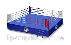Боксерский ринг на помосте 8*8м, канаты 7*7м.