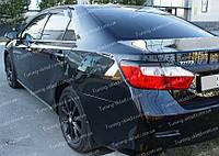 Реснички на Toyota Camry V50 (накладки на задние фары Тойота Камри 50)