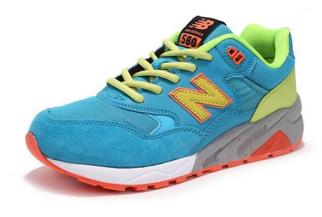 Женские кроссовки New Balance 580