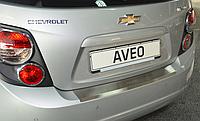 Накладка на бампер с загибом  Chevrolet Aveo III 5D 2011-