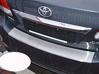Накладка на бампер с загибом Toyota Avensis III FL 2012-