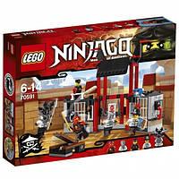 Конструктор LEGO Ninjago Побег из тюрьмы Криптариум (70591)