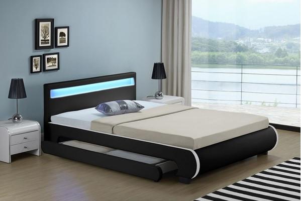 Кровать кожаная двуспальная BILBAO 140х200 см. LED