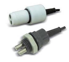 Реверсивный датчик уровня с магнитным контактом (герконом) и держателем;