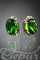 Овальные серьги с зеленым камнем