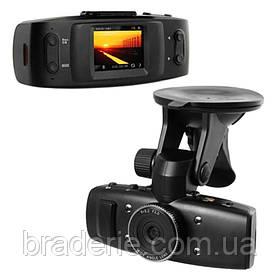 Автомобильный видеорегистратор X 520