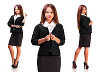 Костюм с юбкой и коротким пиджаком черный