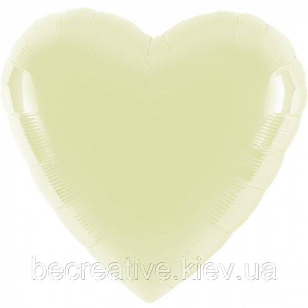 Воздушный шар молочного цвета
