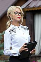 Очень красивая женская белая блуза