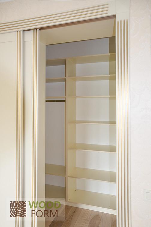 Шкафы-купе + гардеробная в классическом стиле 4