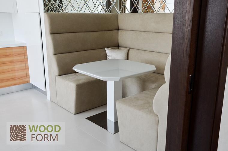 Стол на кухню с итальянского каталога 5