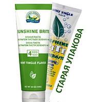 Sunshine Brite Toothpaste (Зубная паста Саншайн Брайт с экстрактом листьев зеленого чая)