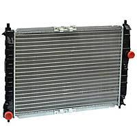 Радиатор водяного охлаждения Chevrolet Aveo 1.6 16V механическая КПП (производство AURORA,Польша)