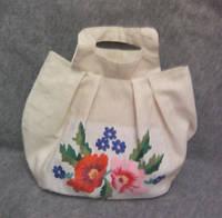 Сумка тканевая ручной работы  с вышивкой цветы