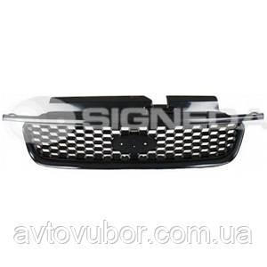 Решетка радиатора Ford Escape 01-04 PFD07186GA YL8Z17B968AA