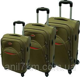 Комплект валіз 3-йка на чотирьох гумових колесах