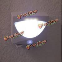 Яркая светодиодная лампа с датчиком движения для улицы и дома
