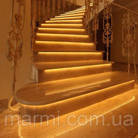 Лестницы из натурального мрамора