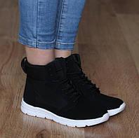 Женские высокие кроссовки  36,37,39,40