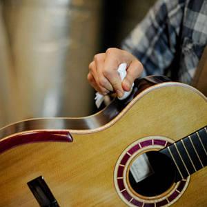 Средства по уходу за гитарами
