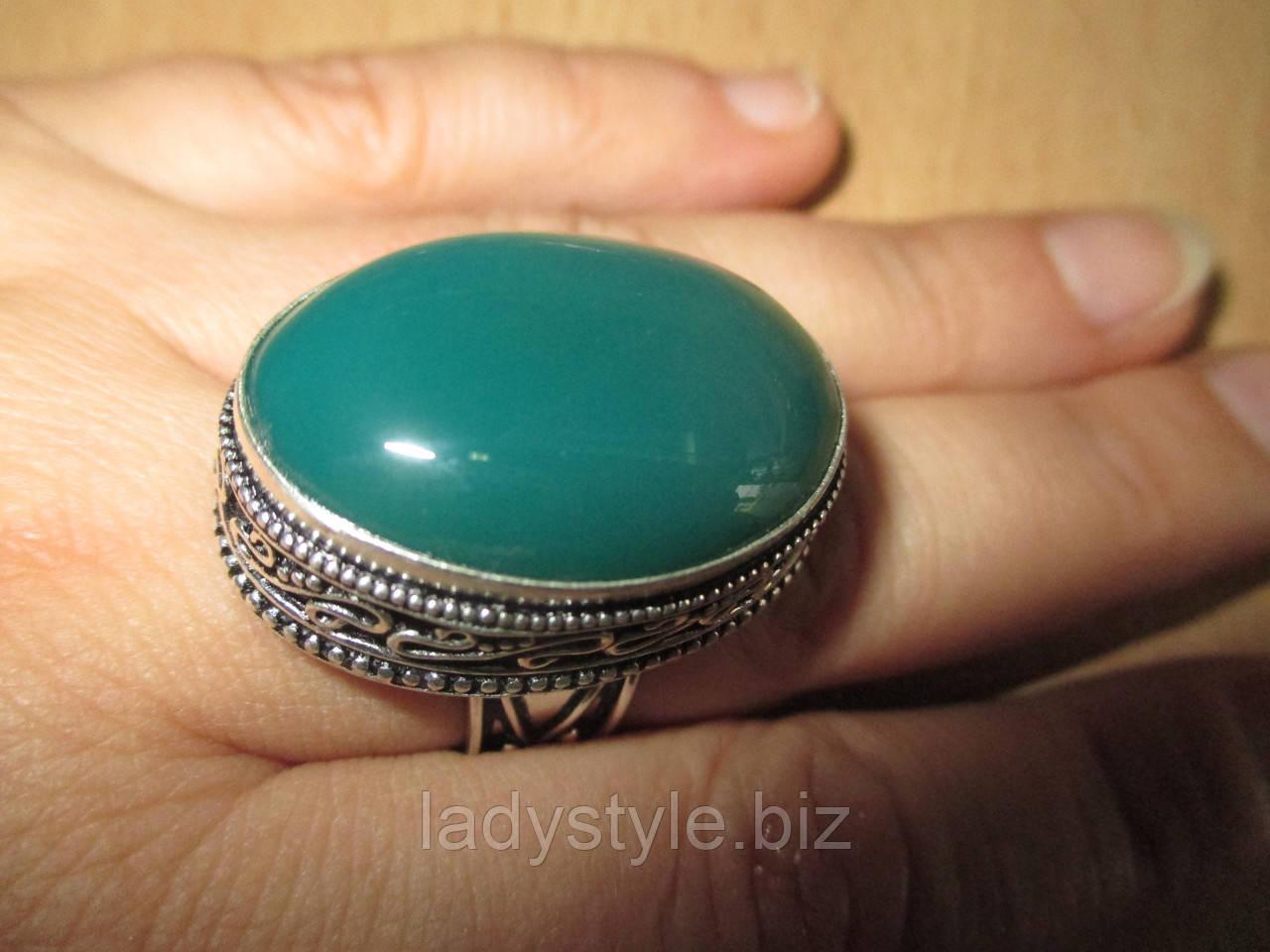 """Овальное кольцо """"Зеленый луг"""" с натуральным хризопразом, размер 17,6"""