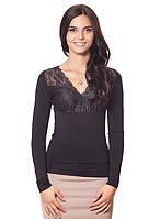 Женская блуза с вставками ажура