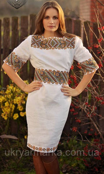"""Жіноче плаття з вишивкою """"Фантастичний калейдоскоп"""""""