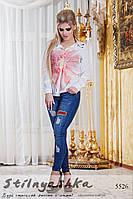 Женская рубашка с большим цветком