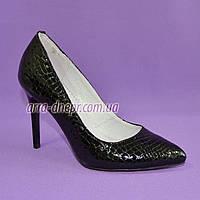 Туфли на шпильке, женские лаковые, рептилия черная