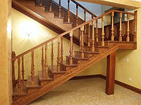 Лестница поворотная П-образная