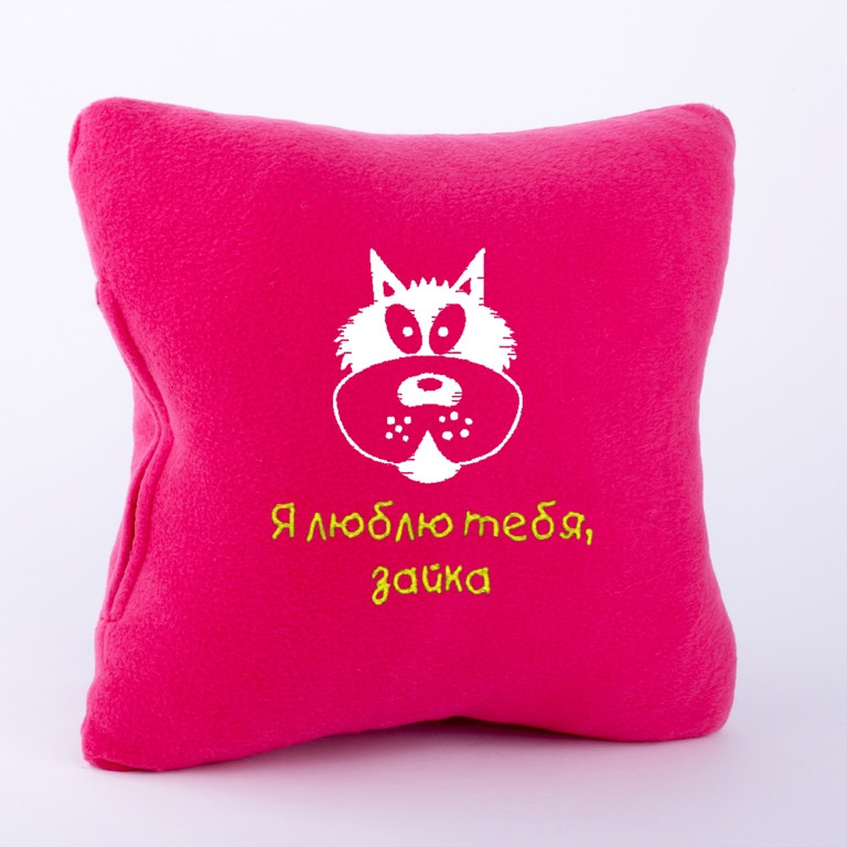 """Сувенирная подушка """"Волк"""" темно розовый флис кв_склад"""