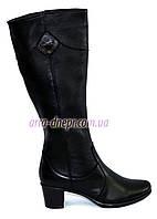Женские кожаные сапоги на невысоком каблуке, зимний вариант. 36 размер
