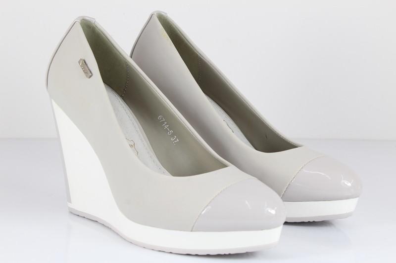 Женские туфли Wels
