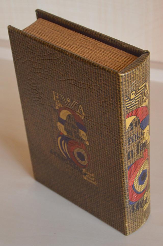 Шкатулка в виде книги, деревянная, отделка из искусственной кожи