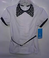 Рубашка, с темно-синим кружевным воротничком