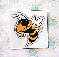 Наклейка на автомобиль Пчела