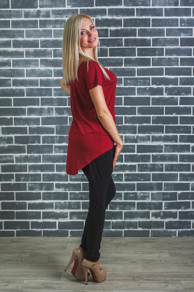 Стильная  женская футболка бордо