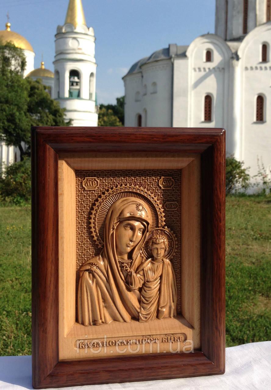 Икона Казанской Божией Матери резная деревянная с рамой из красного дерева