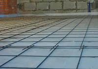 Нанесение упрочненной бетонной стяжки