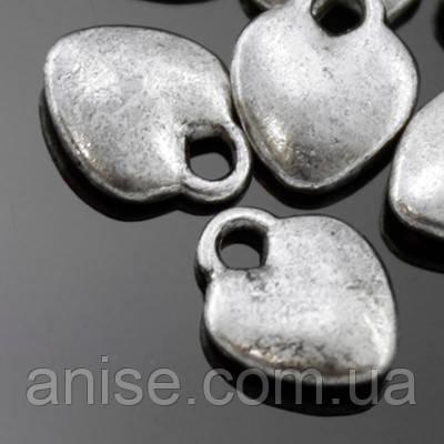 Кулон Сердце, Металл, Цвет: Античное Серебро, Размер: 10х8х2.5мм, Отверстие 2мм, (УТ000006320)