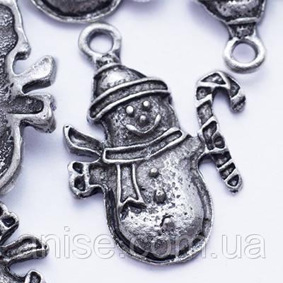 Кулон Снеговик, Металл, Цвет: Античное Серебро, Размер: 23.5х18х2мм, Отверстие 2мм, (УТ000006609)