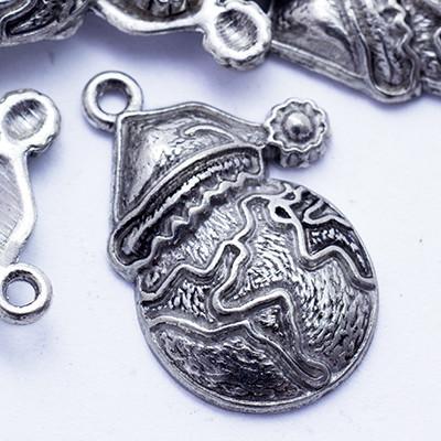 Кулон Снеговик, Металл, Цвет: Античное Серебро, Размер: 23х16х3мм, Отверстие 1мм, (УТ0024665)