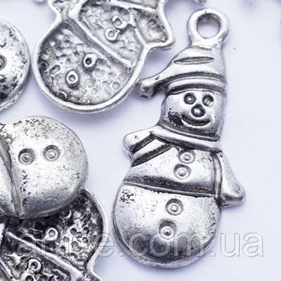 Кулон Снеговик, Металл, Цвет: Античное Серебро, Размер: 25х13х2мм, Отверстие 2мм, (БА000001294)