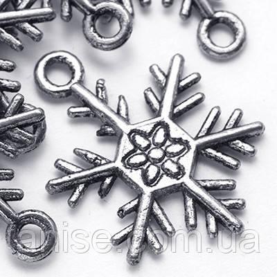 Кулон Сніжинка, Метал, Колір: Античне Срібло, Розмір: 26х19х2мм, Отвір 2мм, (БА000001574)