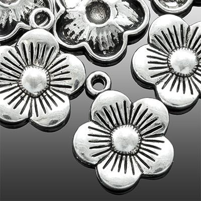 Кулон Цветок, Металл, Цвет: Античное Серебро, Размер: 19х15х2мм, Отверстие 2мм, (УТ0002157)